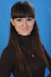 Петлюк Д.В. перша вчителька